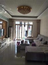 百泰中央花园4室2厅2卫112万元