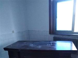 出售老板桌1.8米,�н�柜,�系�r��f在建平在�看到的…