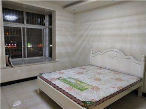 泉台阳光3室2厅1卫1500元/月