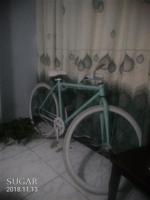 低价出售一辆女式死飞自行车,一共骑了两次,闲置一年多,诚心低价出信