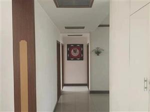 九龙小区3室2厅2卫68万元