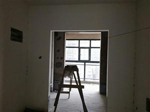 保盛龙城3室2厅2卫一手手续需全款