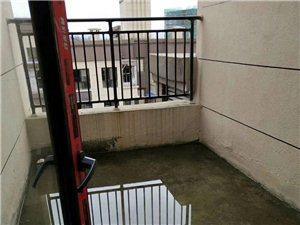 天生湖顶跃98平米3室2厅2卫55万元带露台