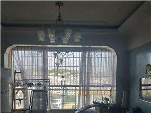 滨江首座3室2厅1卫72万元