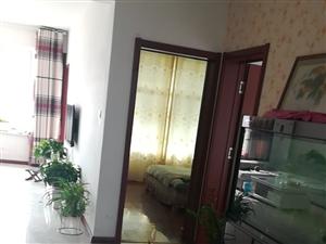 博奥华城3室2厅1卫1250元/月
