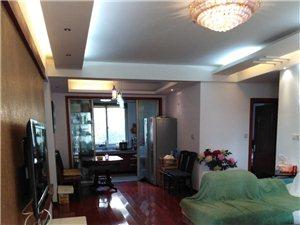 绿城多层1.5层108平精装3室2厅95万
