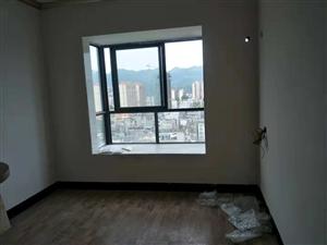 都豪大厦电梯高层 四房精装修未入住 78万元