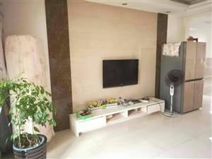 翠盈家苑3室2厅1卫1地面车库22平米88万元