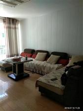南江花园3室 2厅 3卫54.8万元
