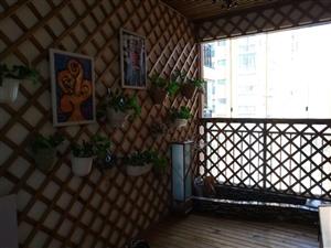 领秀边城电梯房精装修3室2厅2卫62.8万元