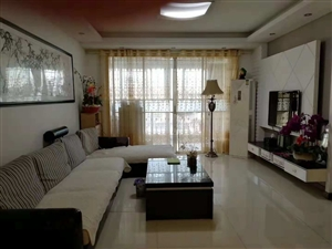 中坤苑150平米3室2厅2卫132.8万元