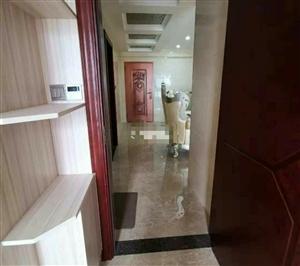 清水湾楼中楼 精装修4室 2厅 3300元/月