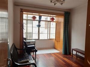 五十米大道新星小区精装3室1厅1卫833元/月