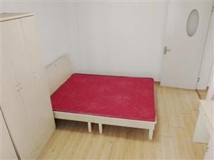 双龙大道地铁口,南方花园A组,两室首次整租,居家装