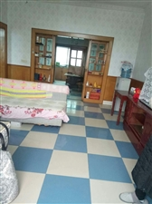 三中小区3室 1厅 1卫45.8万元