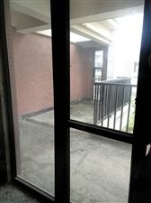 茶博汇楼中楼4室 2厅 2卫140平80万元