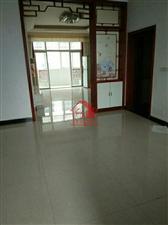 九龙食品厂3室2厅2卫68万元