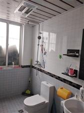 荣观商城4室3个空调1200元/月
