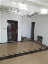 新华苑3室2厅2卫147万元