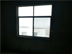 学区房3室1厅1卫39万元