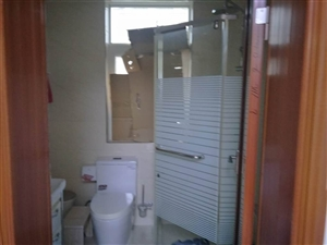 水源小区精装修3室2厅1卫45万元产证齐全