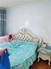 翡翠湾3室2厅2卫105.8万元