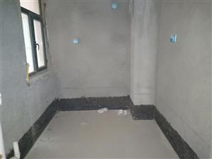 福地国际花园北区4室2厅2卫70万元