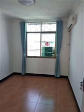 龙江花园带杂间5室 2厅 2卫112万元