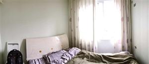 金港观山水100平米3室2厅1卫1600元/月