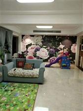 利华中央公馆复试6室4厅280万送60平院子