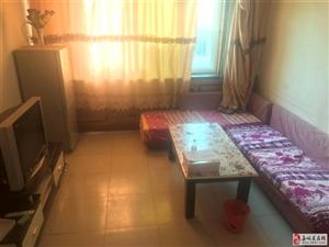 兰新街区2室2厅1卫1500元/月