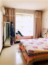 滨河帝城3室2厅2卫80万元