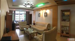 三峡银行附近145平米4室喊价69.8万元