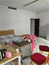 黔江花园4室2厅2卫64.8万元