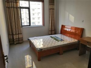 福来居3室2厅1卫1700元/月