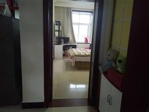 九龙华府3室2厅2卫76万元有本可按揭