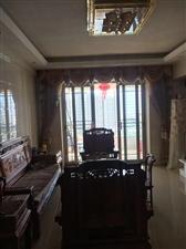 水晶城 精装 高层3室 104平+10平175万元