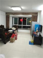 新景 中等装修3室 2厅 2卫2300元/月