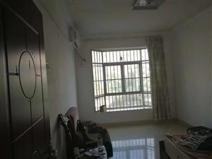 万豪欧尚广场3室2厅2卫60万元
