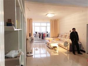 紫阳华府精装修可按揭3室2厅2卫65万元