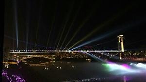 """""""网红""""桥"""