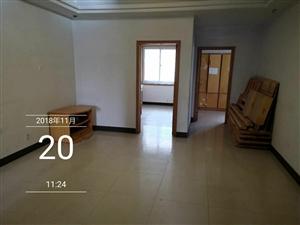 急售步行街简装100平3室2厅1卫46万元