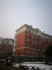 渤海明珠4室2厅2卫75万免税房精装