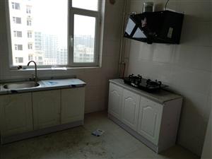 百旺城3室2厅1卫800元,可居住可办公