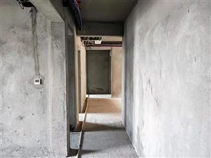 万达附近东悦城毛坯3室2厅2卫60万元