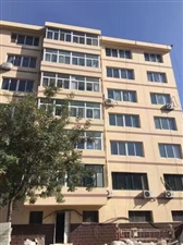 馨园小区临街三居出售63万元
