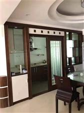 亿龙小区 精装3室 2厅 2卫2500元/月