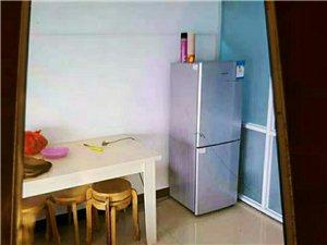 尚城公寓精装修1室1厅1卫拎包入住1000元/月