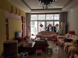 3室2厅2卫1200元/月拎包入住一小学区