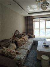 亿力・观湖城2室1375元/月精装婚房